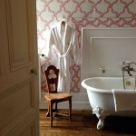 pretavoyager-chateaucanisy-bath-robe