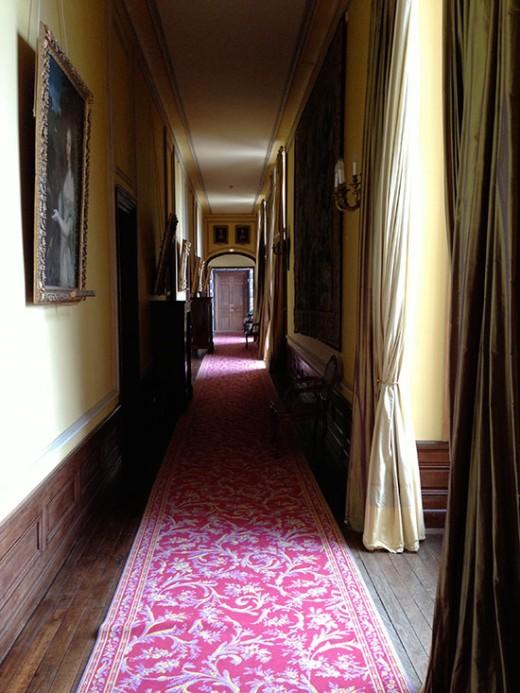 pretavoyager-chateaucanisy-hall3