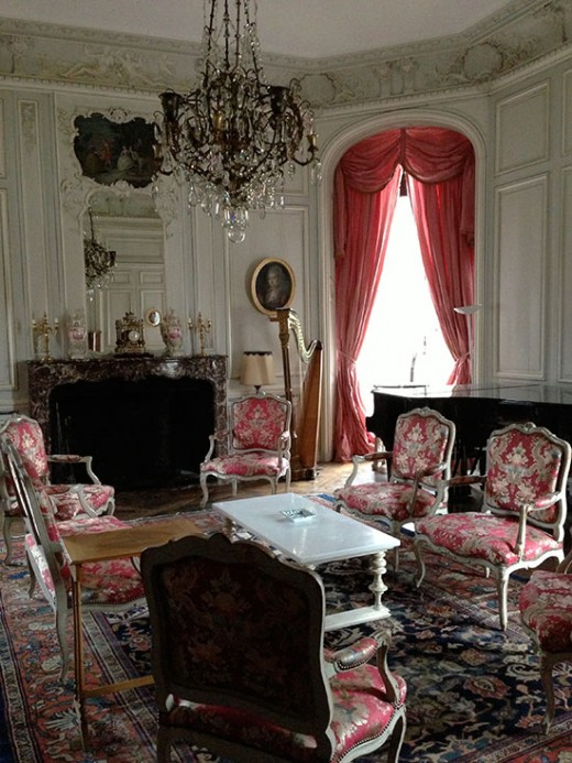 pretavoyager-chateaucanisy-musicroom