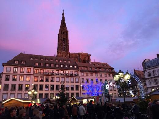 pretavoyager-strasbourg-maket-sunset